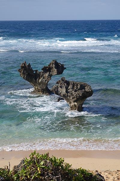 古宇利島最熱門景點「心形石」